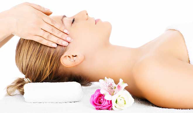 INDIASE-&-HOLISTISCHE-MASSAGE